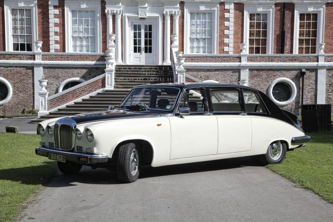 Daimler Limousine ds420 Limousine barringtons wedding cars liverpool wirral outside Croxteth hall